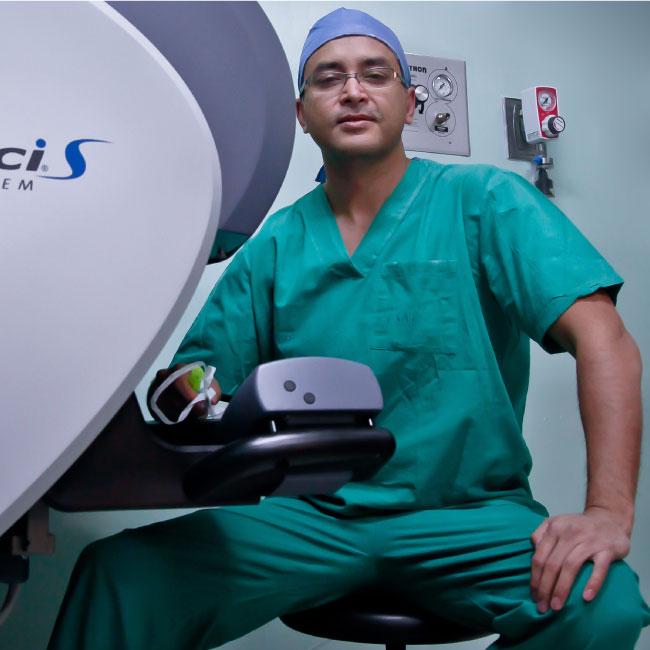 Dr. Camilo Giedelman