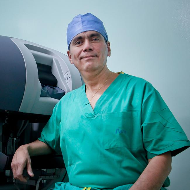 Dr. Miguel Ricardo Buitrago